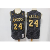 *Kobe Bryant Los Angeles Lakers Vintage Black and Gold Edition