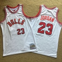 **Michael Jordan White Mitchell & Ness Chicago Bulls 1984-85 Rookie Season White Jersey - Super AAA